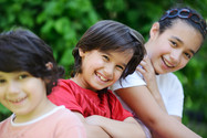 group-of-happy-children-outside_HtxHP3F4