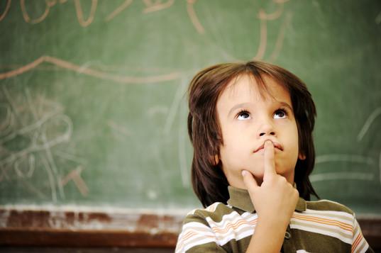 children-at-school-classroom_HFq-Gtt6rj.