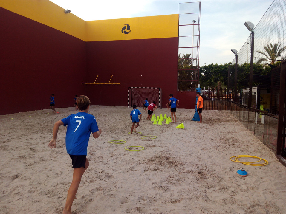 Escuela de futbol playa
