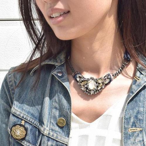 Elizabeth - Ribbon Necklace
