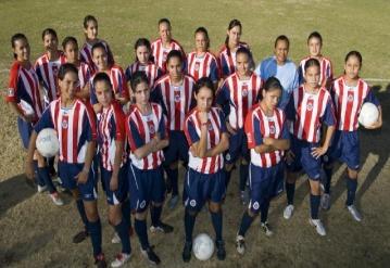 CHIVAS FEMENIL 05