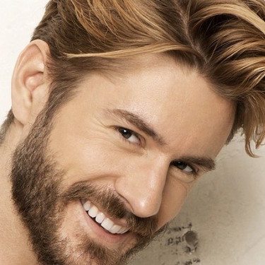 A-Blonde-Multi-tonal-Mens-Hairstyle-2xvq
