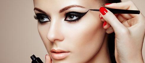 makeup 660x285(1).jpg