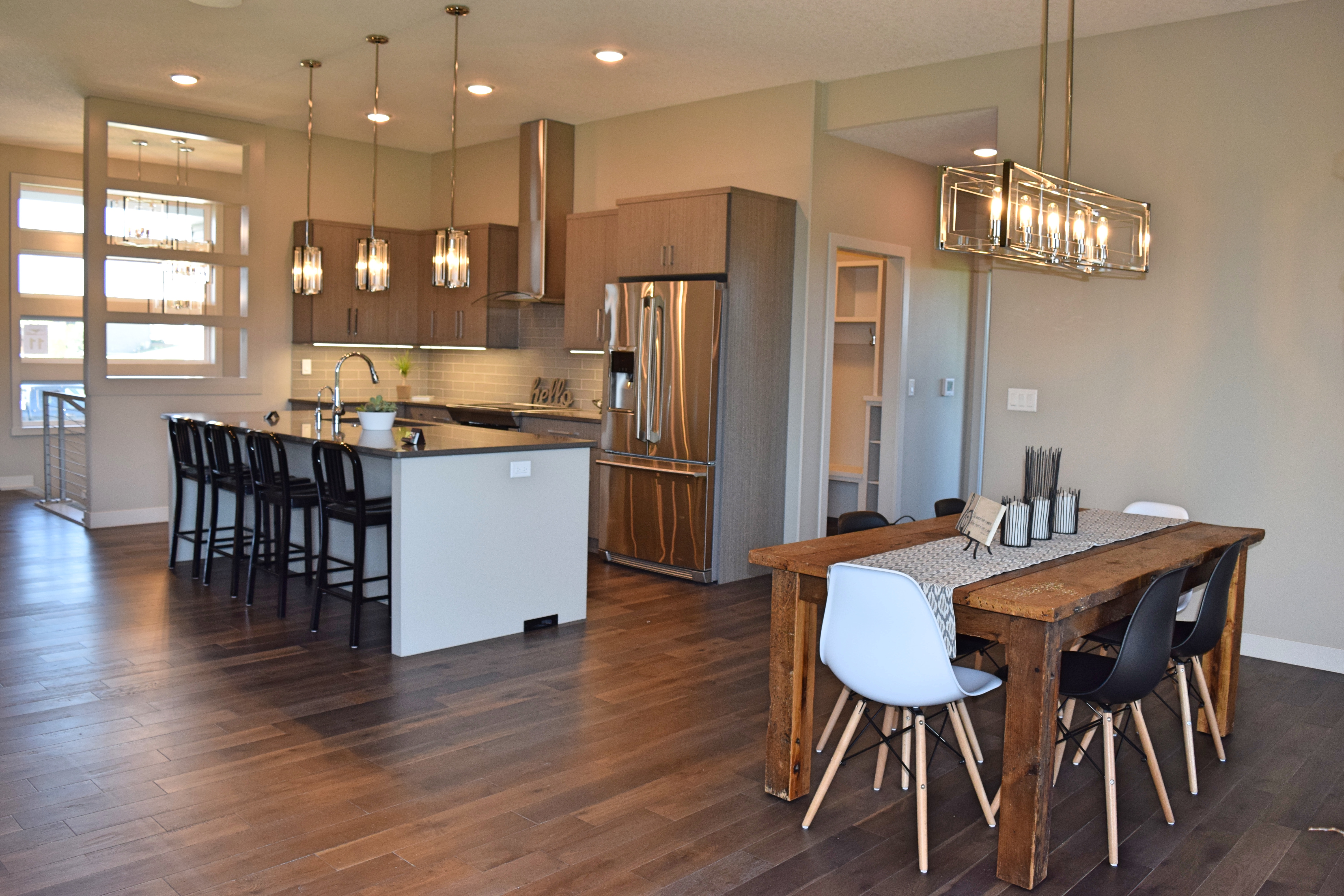 dining kitchen parade home
