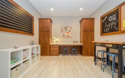 945 Olive Ct - workspace