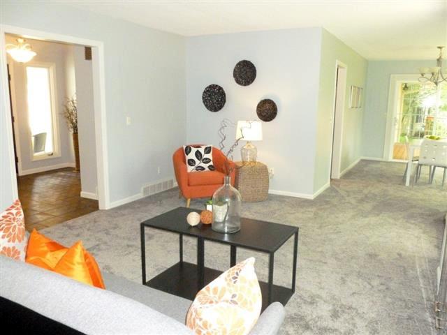 wellesway living room
