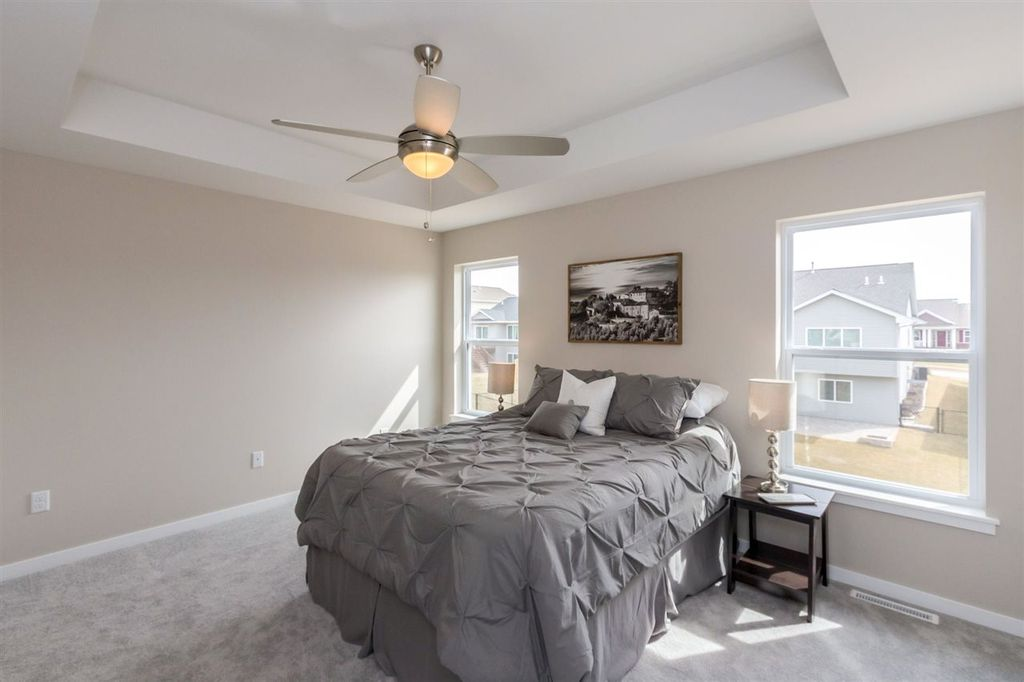 bedroom - 55 camden rd