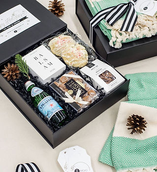 Top Corporate Holiday Curated Gift Box D