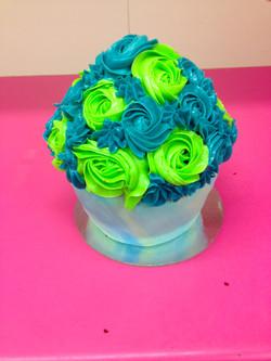 Alternating Roses