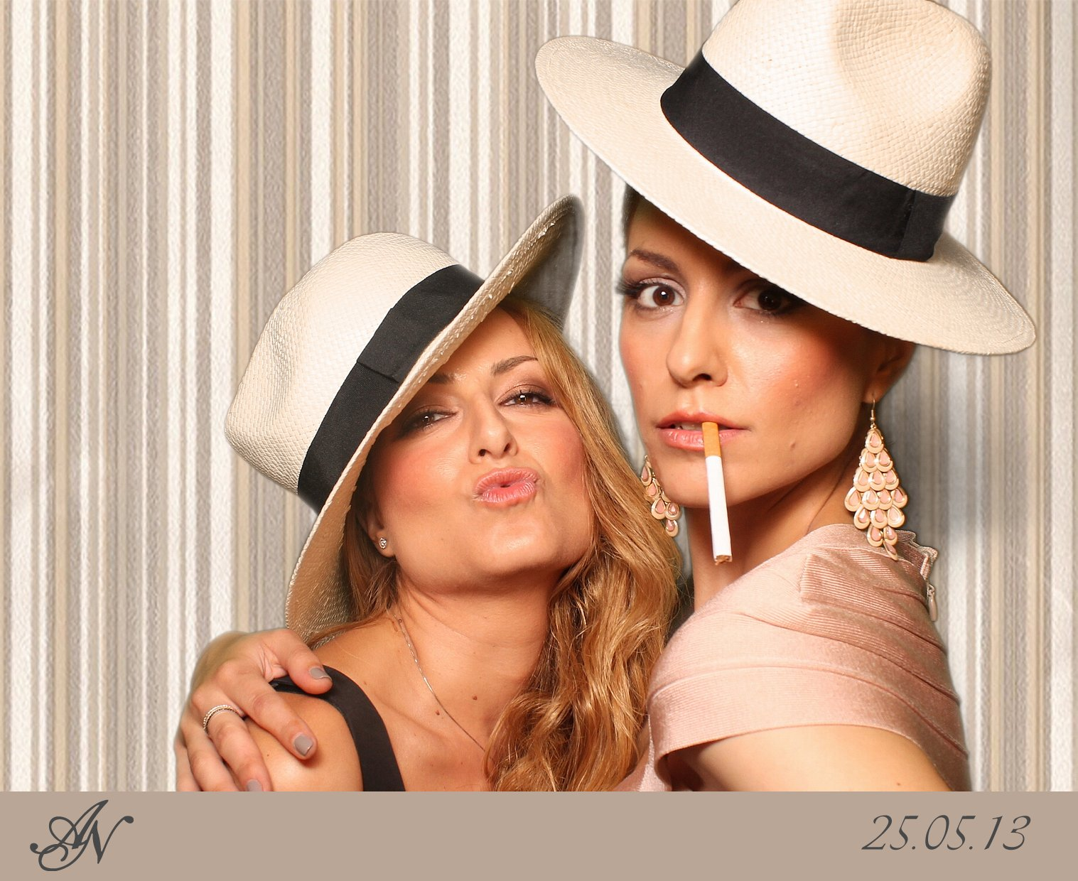 Photobooth_Weddings_Samples (49)