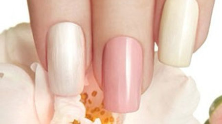 Online accredited acrylic nail extension course
