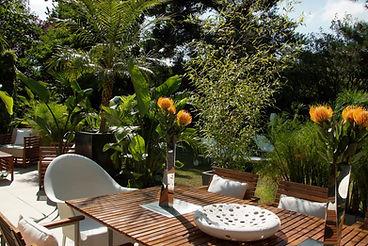 trattamento mobili giardino