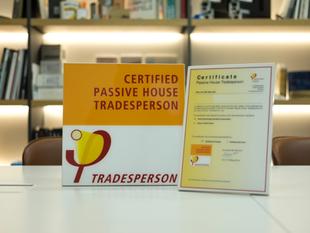 'PHI' License (Tradesperson)