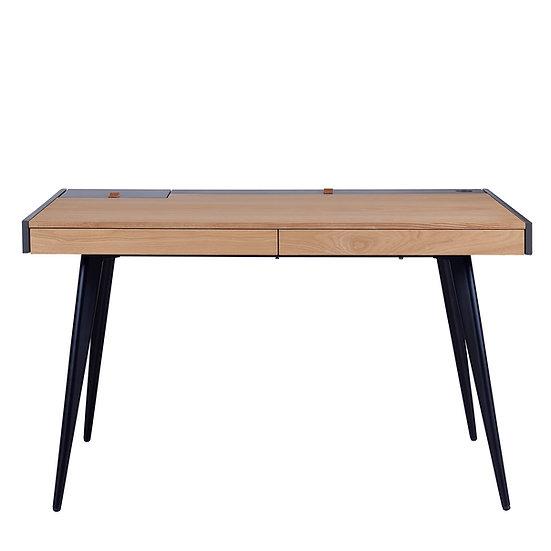 Skagen Desk