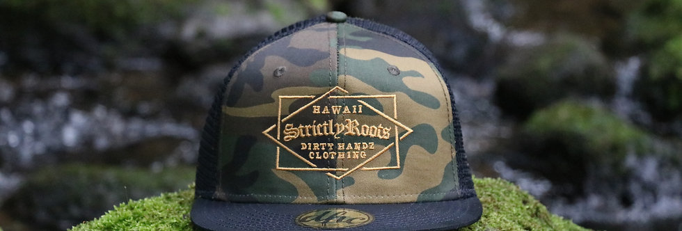 STRICTLY ROOTS TRUCKER SNAPBACK CAMO