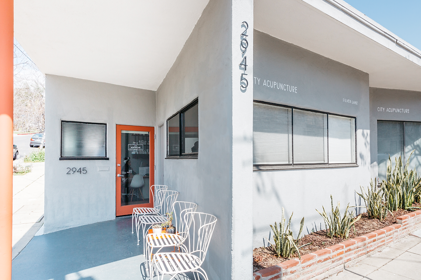Exterior photo of City Acupuncture Silver Lake clinic on a sunny day