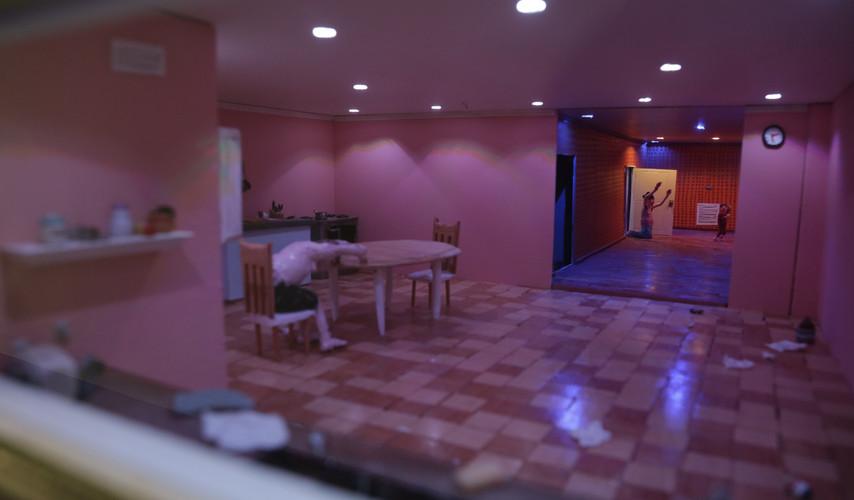 Detail; Kitcehn (OFF) / Hallway (ON / Past)