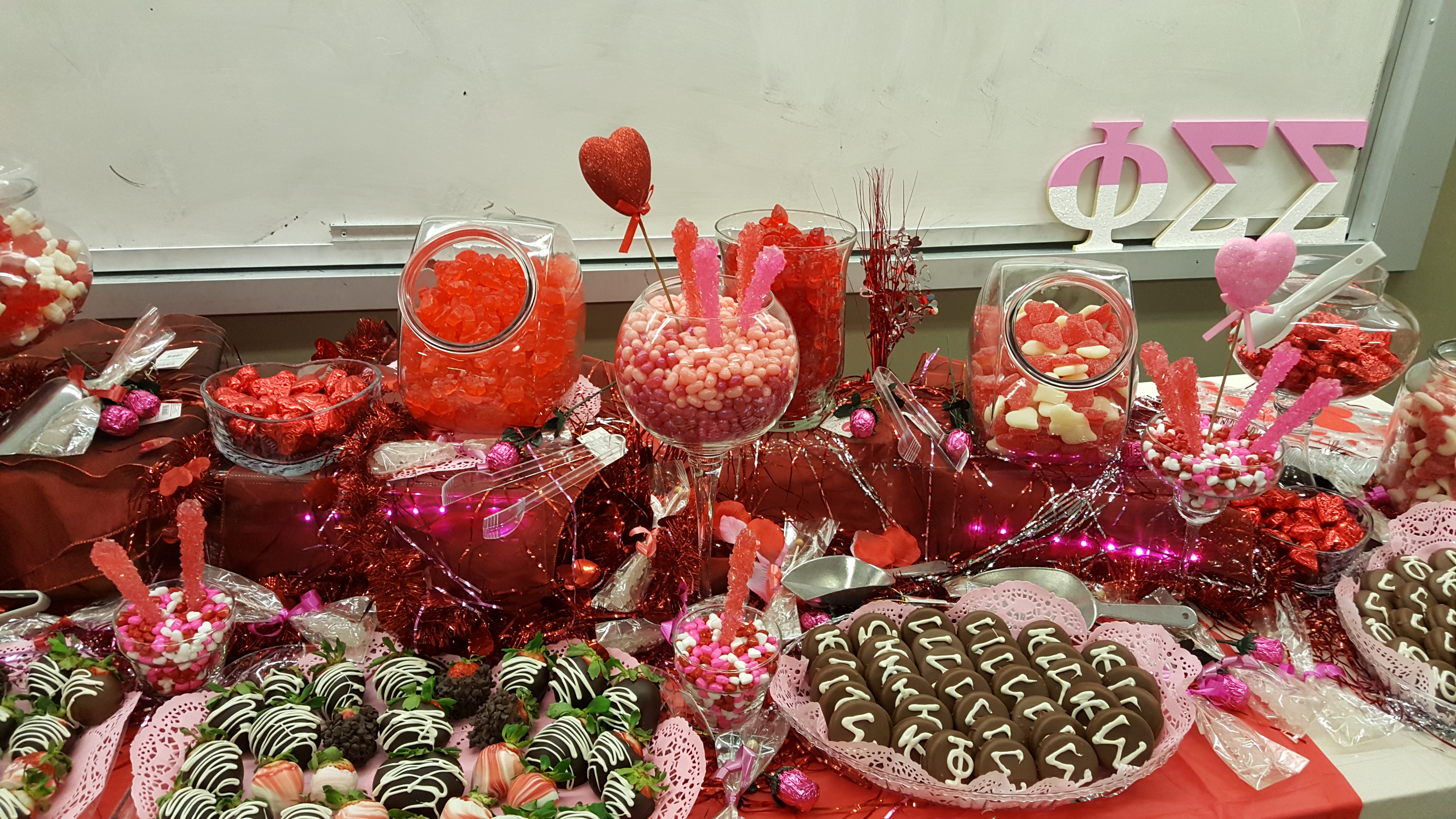 Prime Candies The Candy Bar Home Interior And Landscaping Ologienasavecom