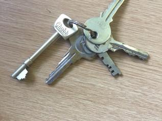 Keys found on Freshfield Road