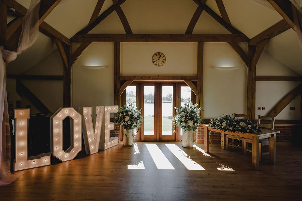 sand hole oak barn ceremony room