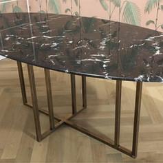 mesa marmol carrara.jpg