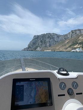Sealine F42-5. Gibraltar. Raymarine System