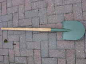 Long Handle Shovel