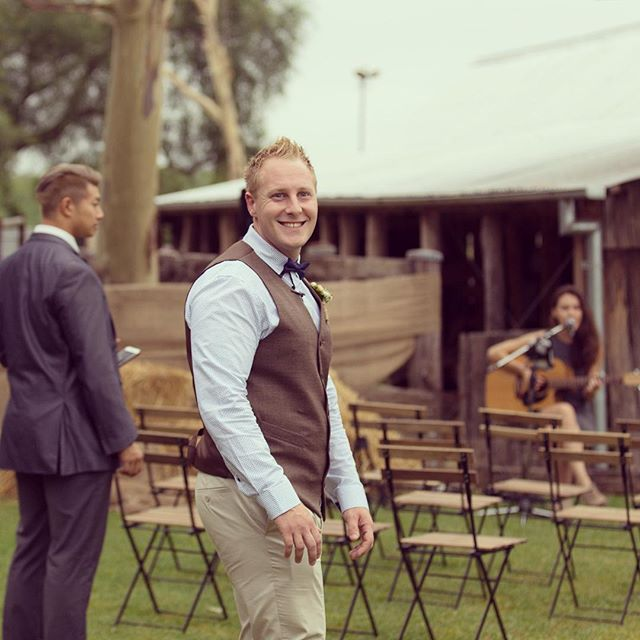 Rustic chairs for your wedding ceremony #camdentownfarmwedding #gardenceremony #gardenwedding #farm