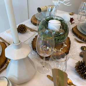 event styling xmas table.jpg