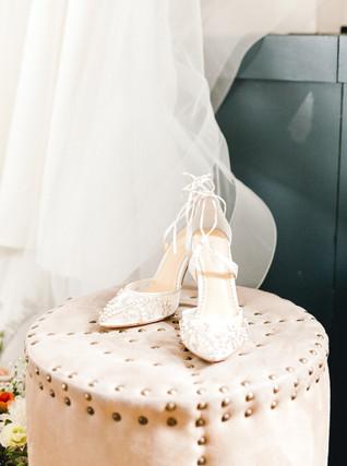 Emma Lea Floral- Sara Brown Weddings- Sara Lynn Photography- Stefanie Hofmeister Lettering & Design- Hotel Teatro | Denver Colorado Fine Art Floral Design - Wedding and Event Florist | Modern Minimal | Wedding Dress | Veil | Headpiece | Bridal Shoes | Couture Colorado |