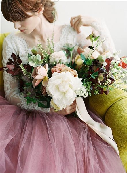Emma Lea Floral- The Sentient Workshop- Carrie King Photography   Hellebore   Tulip   Garden Rose   Ranunculus   Spirea   Cream, Mauve, Antique Purple, Burgundy   Bouquet  