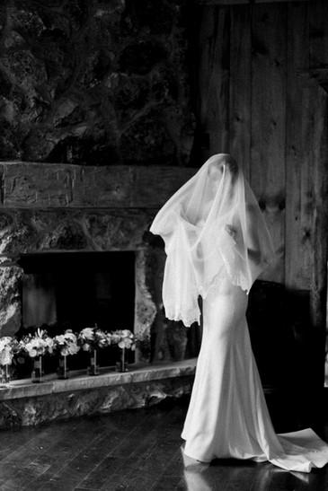 Emma Lea Floral- The Styled Soiree- Sara Lynn Photography- Devils Thumb Ranch Colorado Wedding | Veil | Film Photography |