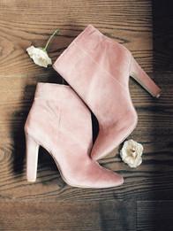 Emma Lea Floral- Purple Summer Events- Kristen Pierson Photography- Devils Thumb Ranch Colorado Wedding    Bridal Details   Booties   Pink   Flatlay  