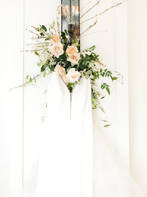 Emma Lea Floral- Sara Brown Weddings- Sara Lynn Photography- Stefanie Hofmeister Lettering & Design- Hotel Teatro | Denver Colorado Fine Art Floral Design - Wedding and Event Florist | Modern Minimal | Wedding Dress  | Modern Florals | Spirea | Rose | Carnation |  Couture Colorado |
