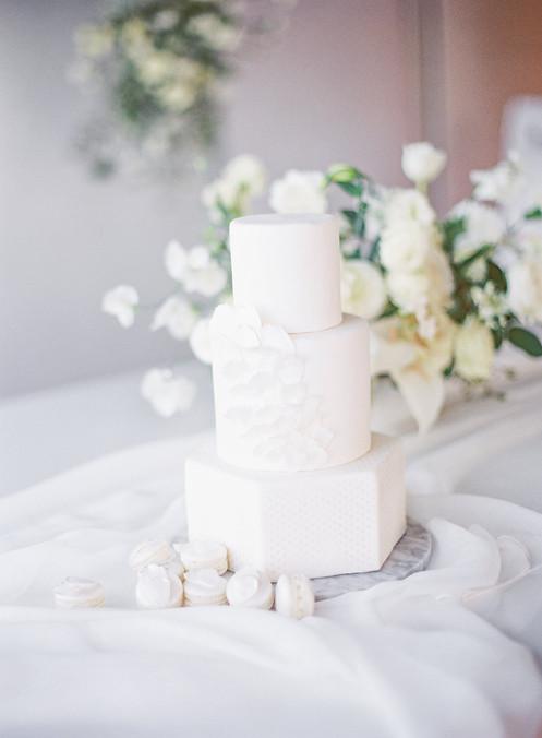 Emma Lea Floral- Curate Events & Design- Decorus Fine Art Photography- Honeycombe Custom Cakes & French Macaron- Denver Photo Collective | Denver Colorado Fine Art Floral Design | Wedding and Event Florist |