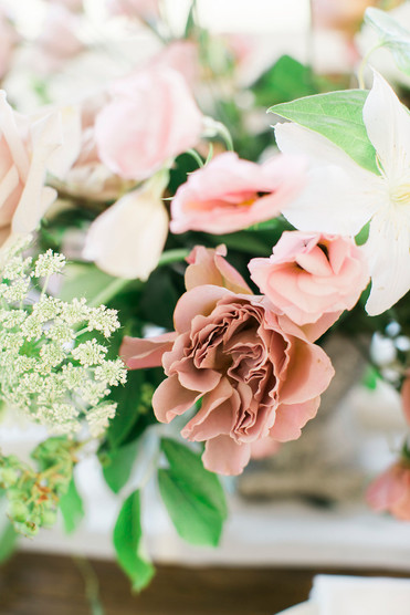 Emma Lea Floral- The Styled Soiree- Maribeth Photography- Buena Vista Colorado Wedding | Garden Rose | Lisianthus | Floral Centerpiece | White, Mauve, Blush |