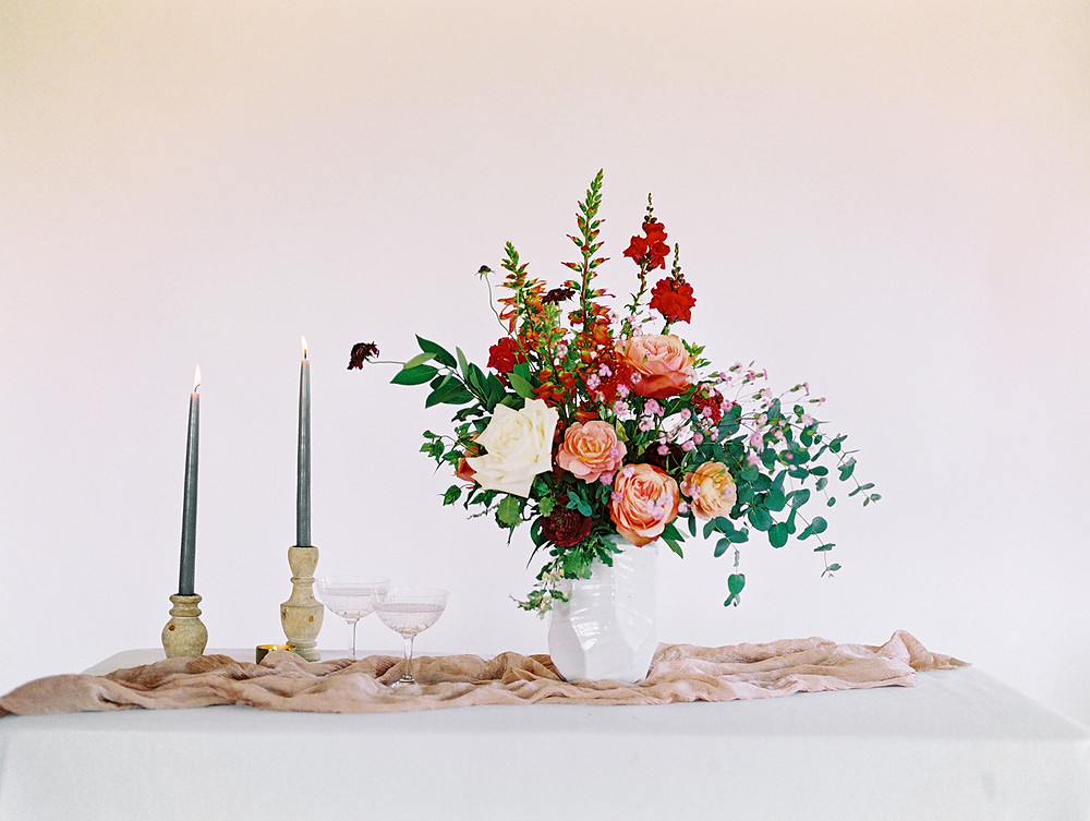 Emma Lea Floral - A La Carte Shop - Online Order Wedding Flowers - Tara Bielecki Photography - Affordable, Simplified, Beautiful Arrangements - Statement Arrangement - Berries & Cream