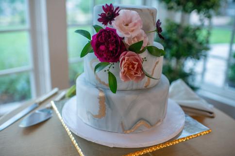 Emma Lea Floral- We Tie The Knots - Selah Photography- Denver Colorado Fine Art Floral Design - Luxury Wedding and Event Florist - The Manor House  | Garden Rose | Scabiosa | Ranunculus | Lisianthus | Dahlia | Greenery, Berry, Fuchsia, Burgundy, Blush, Pink | Marble Wedding Cake | Cake Flowers |