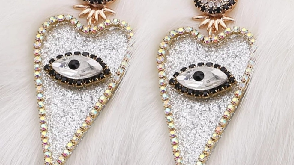 Carey Heart Eyes