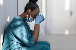 nurse-praying
