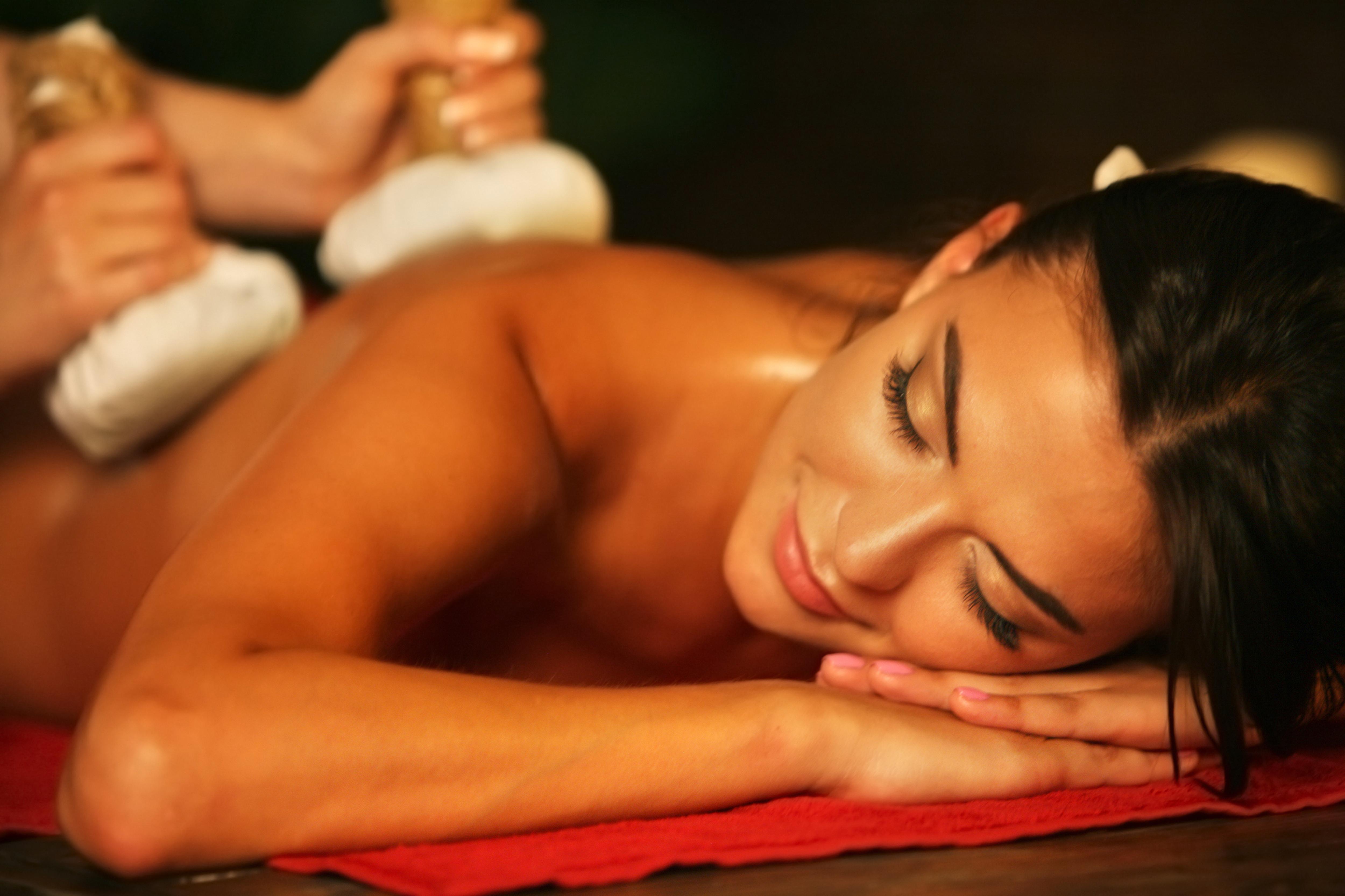 Herbal Compress Massage