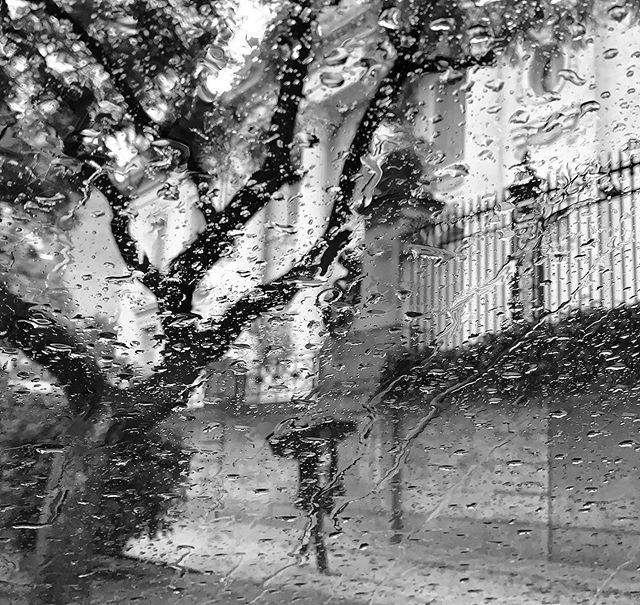 Llueve en Buenos Aires.