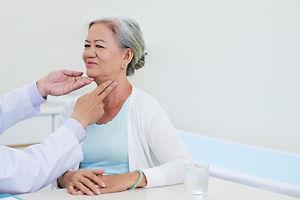 thyroid-check-up-EGDKXAG.jpg