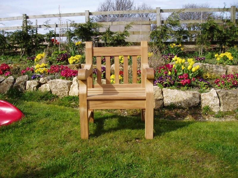 chairs_005__Copy_-94-800-600-100.jpg