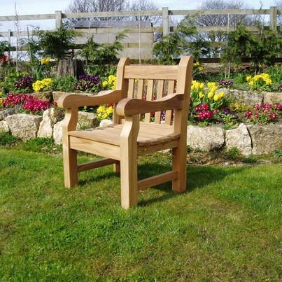 chairs_004__Copy_-93-800-600-100.jpg