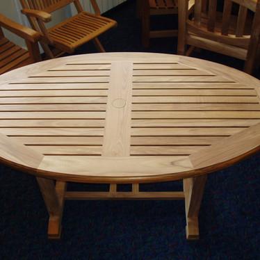 renown table 1.jpg