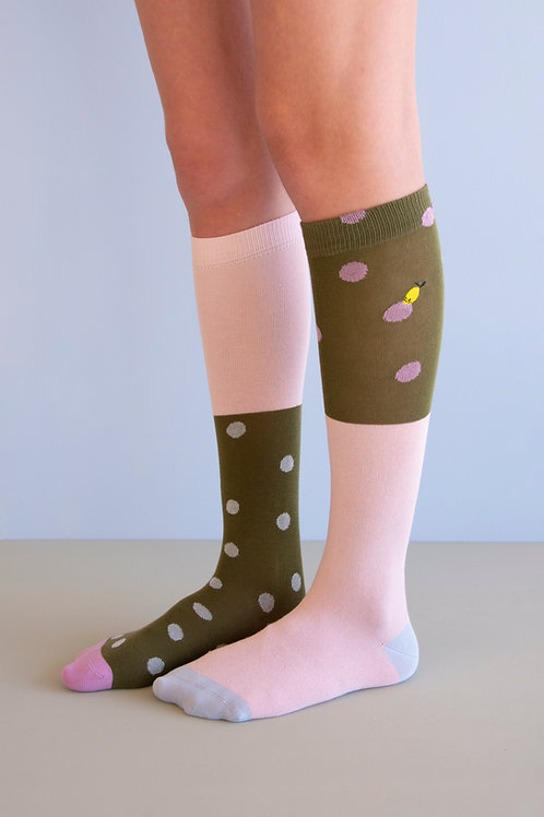 knee high socks | coloured freckles | seventies green + candy pink