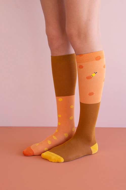knee high socks | coloured freckles | faded orange + caramel fudge