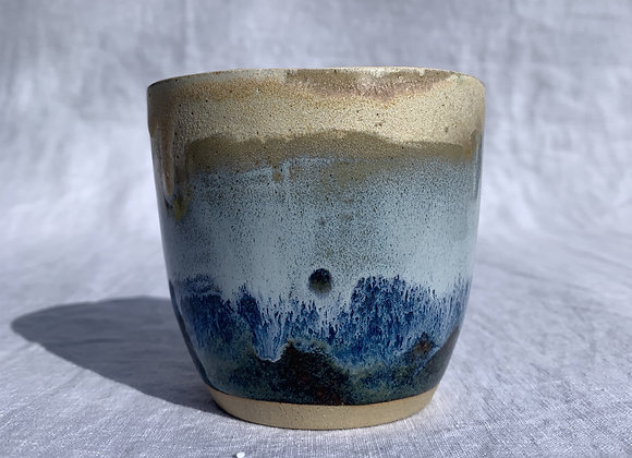 THE BEIGE BEACH CUP