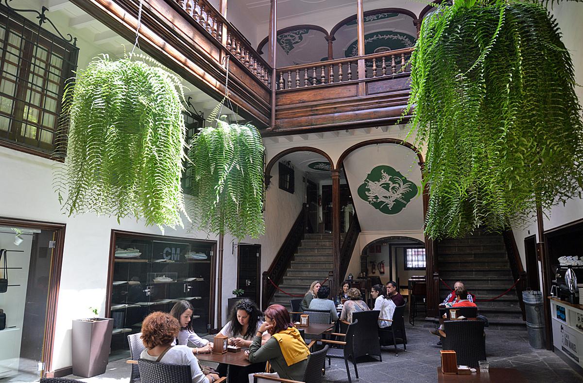 La Palma, Cafe Don Manuel